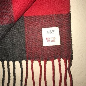 Abercrombie & Fitch Fringe-End Scarf